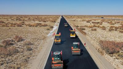 格(ge)茫公路擴建工程加緊建設